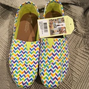 Toms Shoes - Toms Slip-ons
